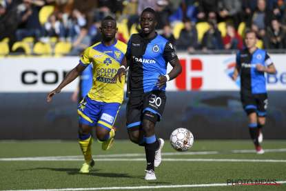 Nakamba vies for the ball with Vetokele